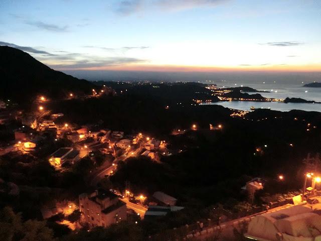 九份の夜景,夕日,台湾〈著作権フリー無料画像〉Free Stock Photos