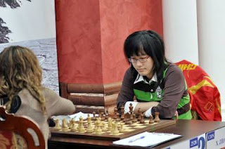 Echecs à Nalchik : Antoaneta Stefanova (2528) 0-1 Zhao Xue (2497) © Site officiel