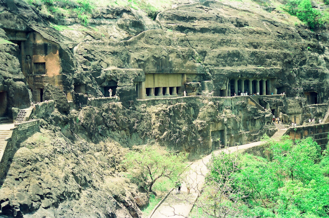 ajanta and ellora vaves