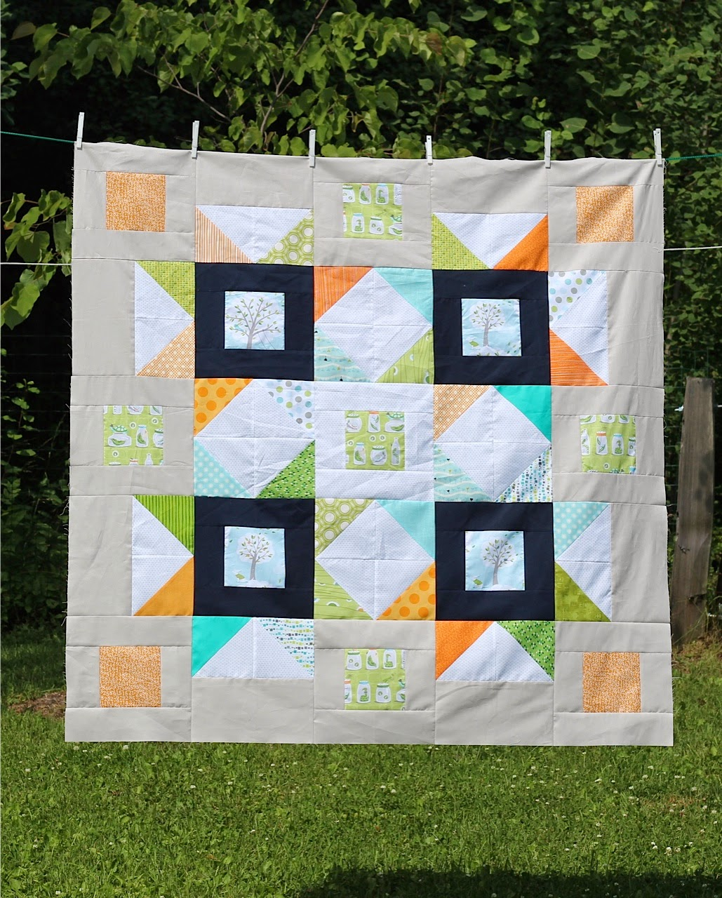 http://www.colorbarquilts.com/