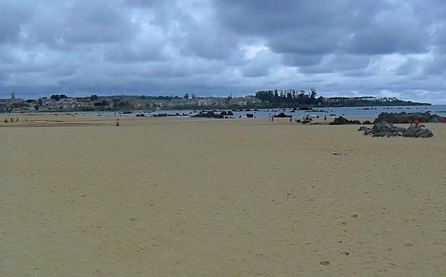 Playa de Tregandin en Noja