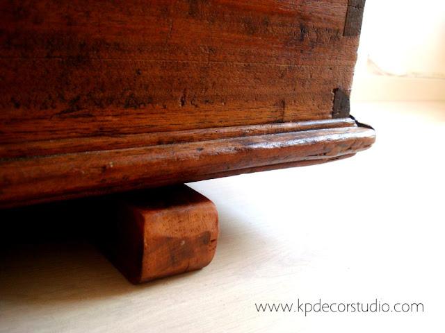 Baúles- arcones-cajas y maletas de madera restaurados y en buen estado para fabricar mesitas de salón de centro estilo nórdico