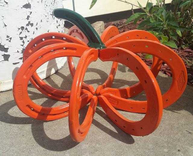 horseshoes_pumpkin