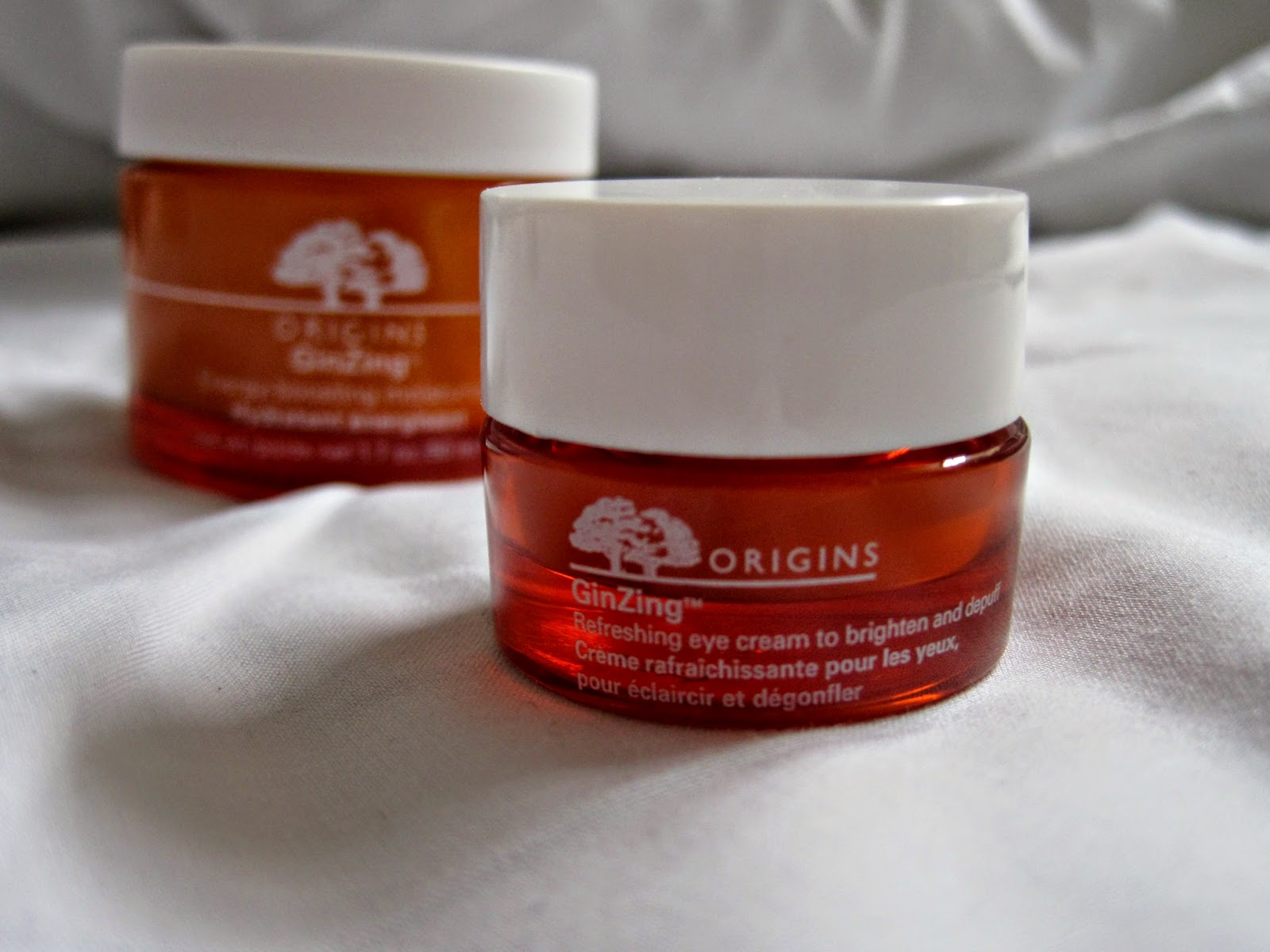 origins gin zing eye cream dark circles refreshing and brightening review spring may april easter