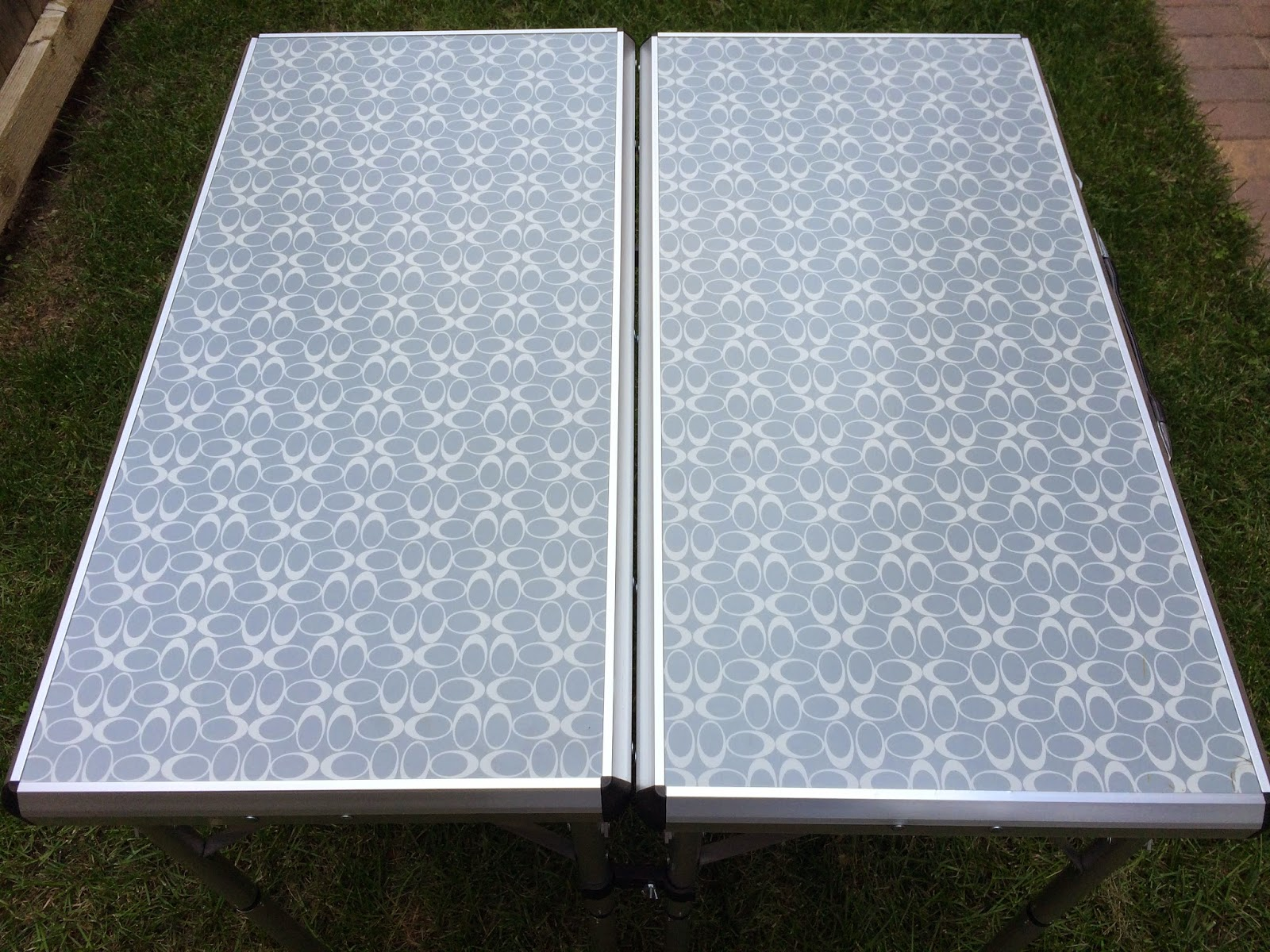 Coleman 4-in-1 table top for Diner en Blanc   all dressed up with nothing to drink...