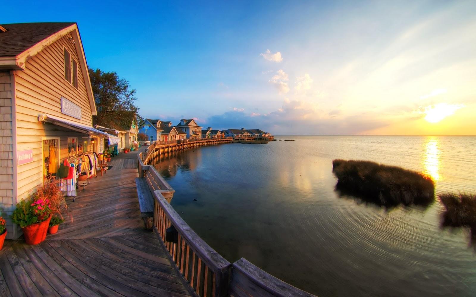 "<img src=""http://1.bp.blogspot.com/-xM5tEsWOw6M/Ut7WSTeTKRI/AAAAAAAAJsA/Ke0mmlfzsgg/s1600/beautiful-sunset.jpg"" alt=""beautiful sunset"" />"
