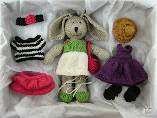 knit bunny clothes