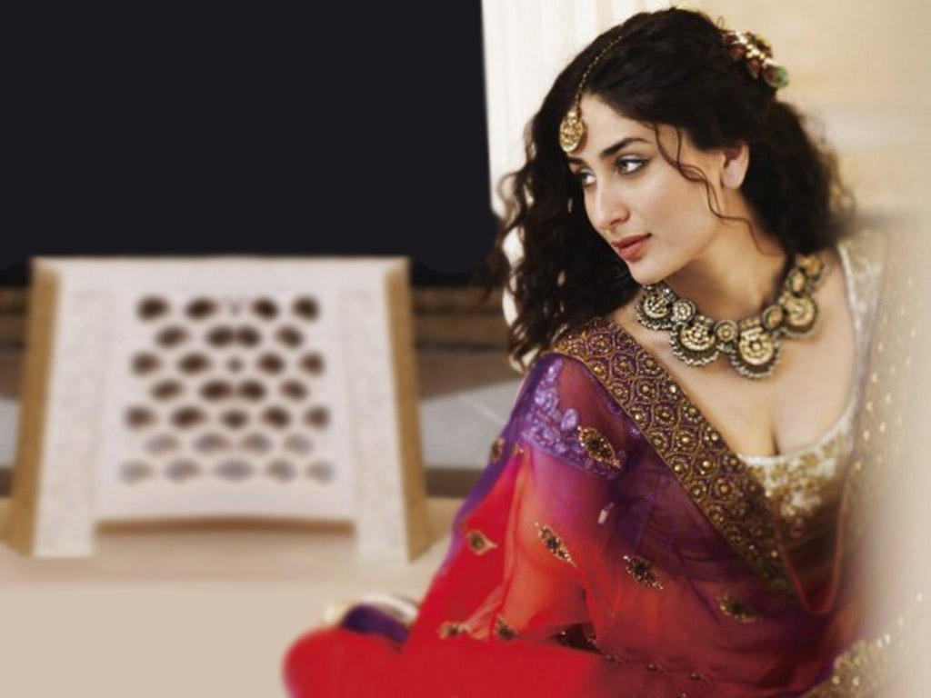 kareena kapoor jewellery wallpaper