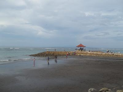 Pemandangan di Pantai Sanur, Bali