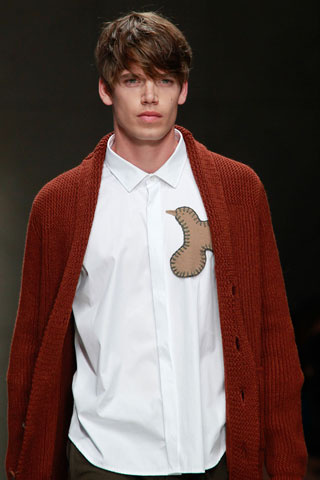 Burberry Men hairstyle summer 2012