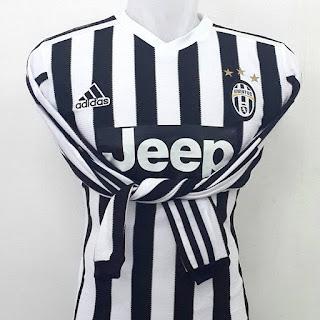 gambar desain terbaru gambar photo foto kamera Jersey Lengan Panjang Juventus home terbaru musim 2015/2016 di enkosa sport toko online jersey bola terpercaya lokasi di jakarta pasar tanah abang