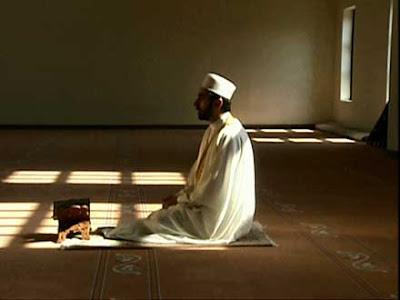 كيف تزيد من خشوعك في الصلاة؟؟