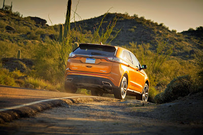 2015 Ford Edge Earns Five-Star Safety Rating