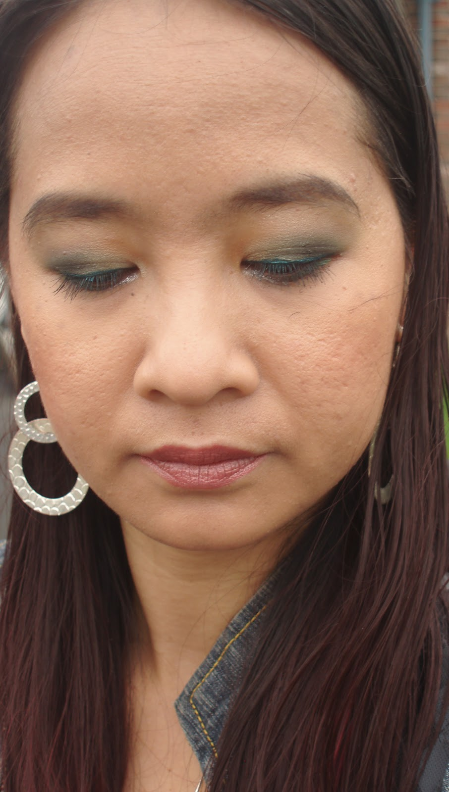 Eyeshadows: Annabelle Hawaian Hues palette (champagne as brow bone highlight ...
