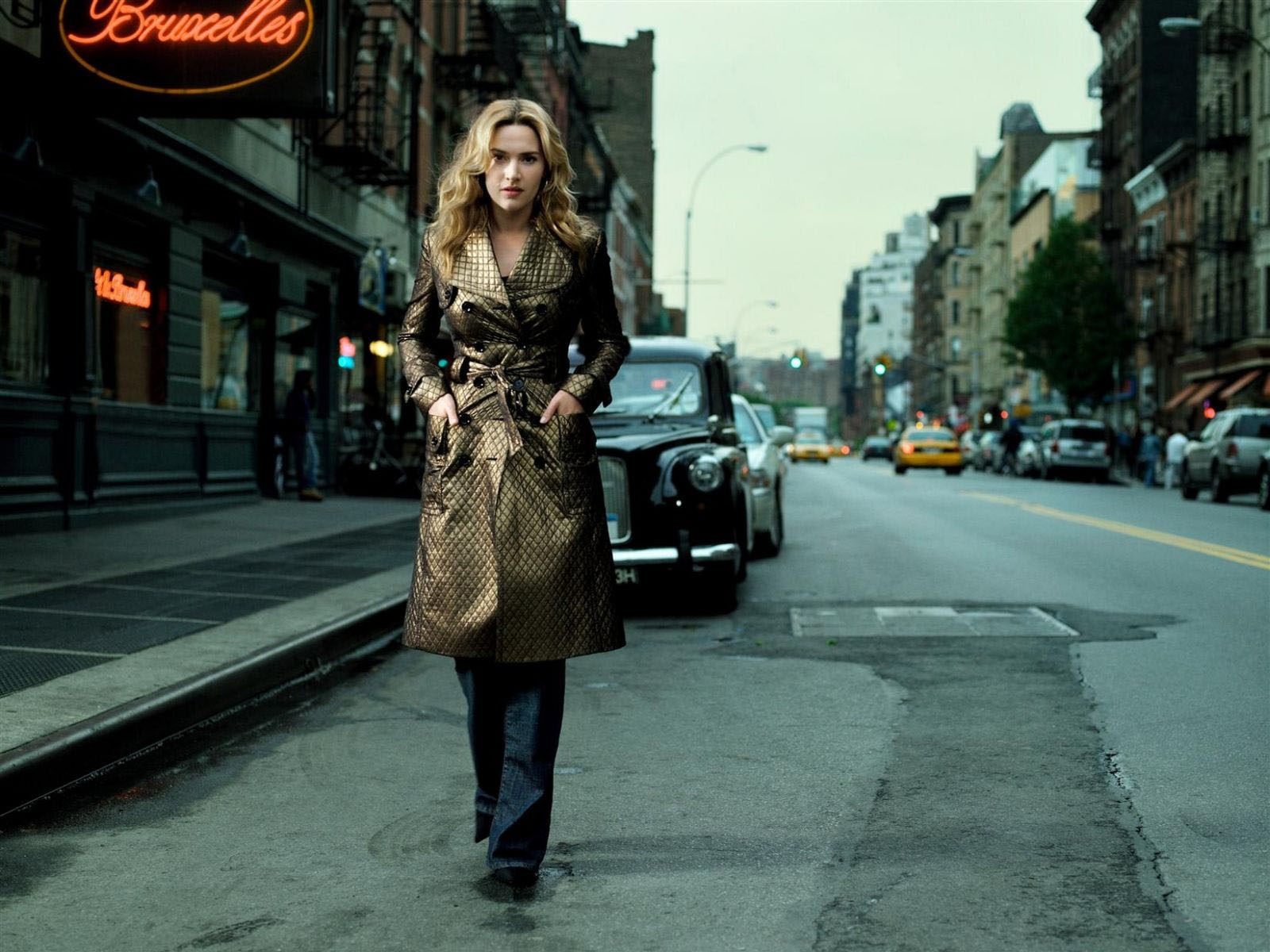 http://1.bp.blogspot.com/-xMyopUSX3Io/T36mlXunywI/AAAAAAAATQY/VpLKKPFFKsE/s1600/kate-winslet+on+the+road.jpg
