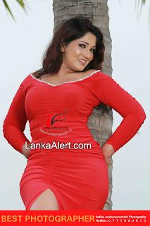 Piumi Shanika red