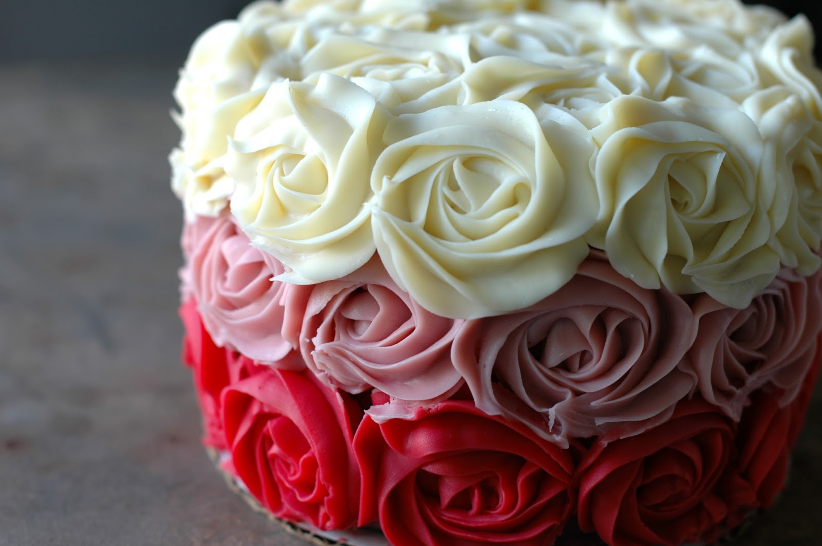 Images For Rose Cake : Bonbini!: ombre rose cake...