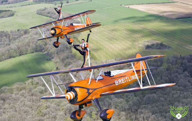 Amazing Aerobatics By Daredevil Women