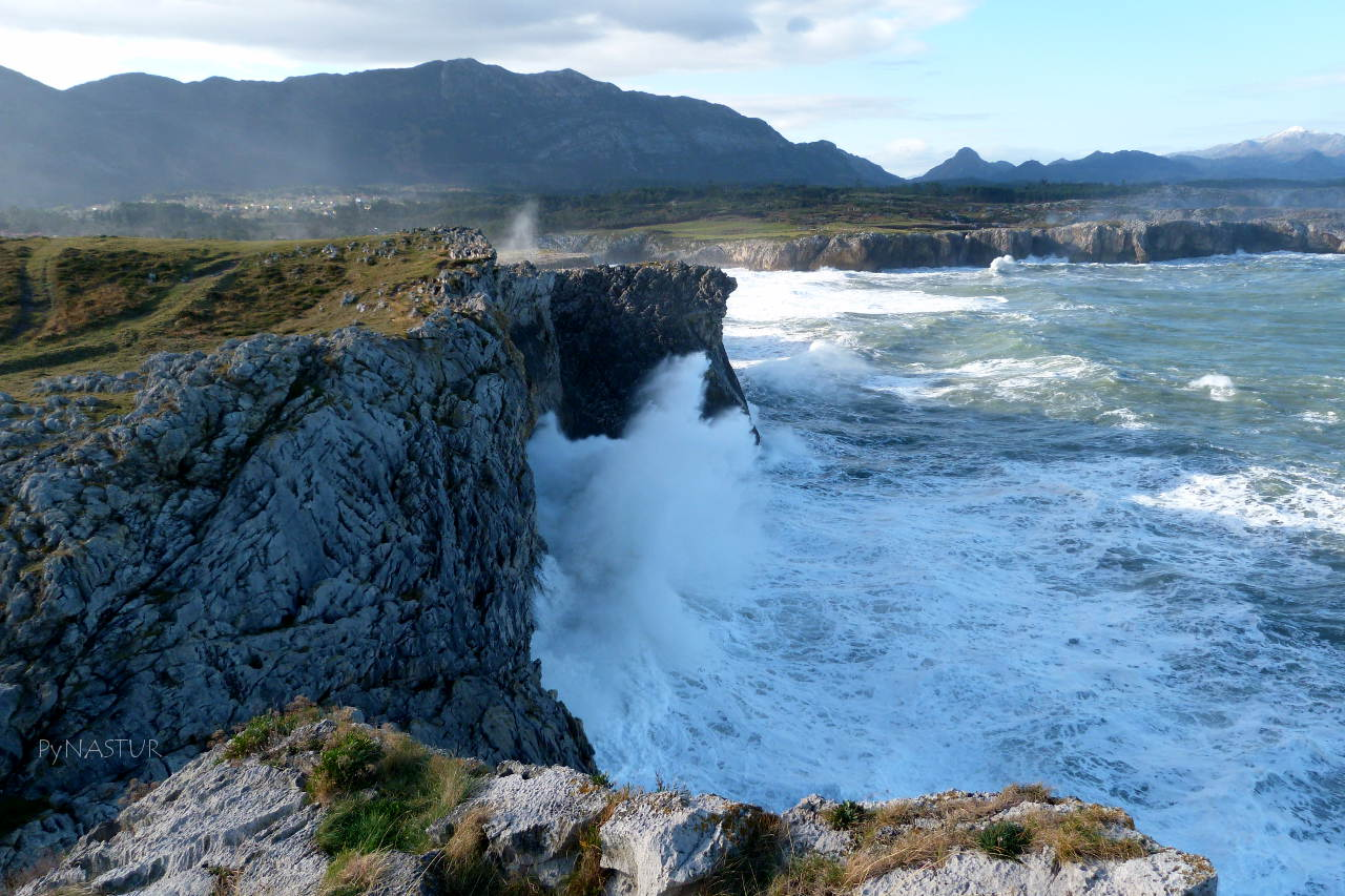 Senda Costera Bufones de Pría a Playa Cuevas del Mar - Llanes