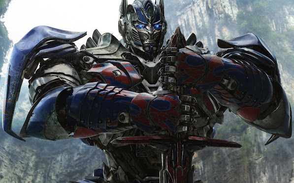 optimus prime with sword in transformers age of extinction