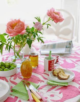 Decorar a mesa de refeições