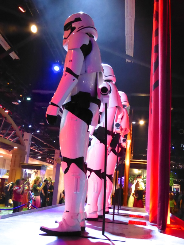 Stormtrooper costumes Star Wars Force Awakens