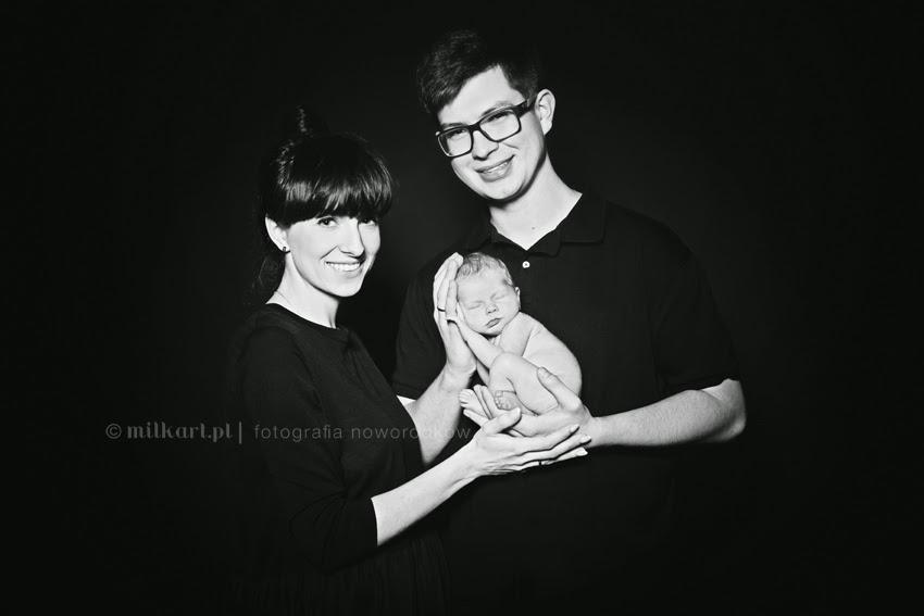 sesja noworodka w poznaniu, fotografia dziecięca, zdjęcia dziecka, fotograf noworodkowy, MILKart