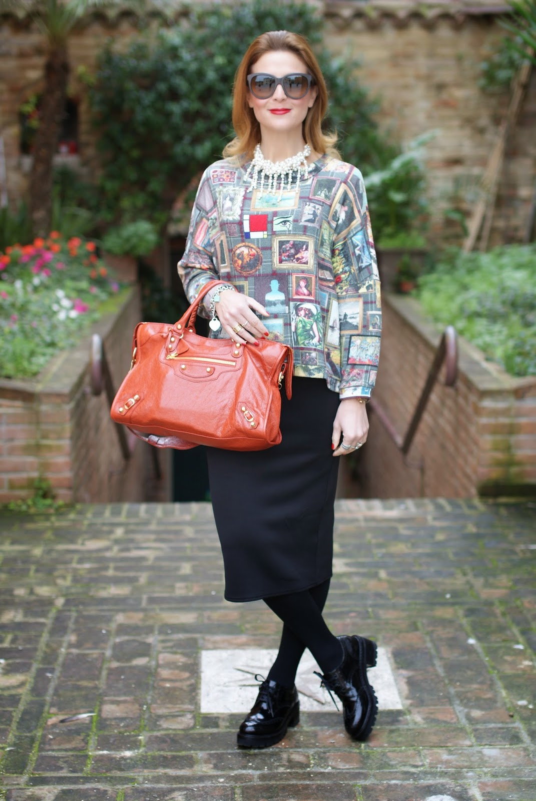 Asos midi pencil skirt, Balenciaga City bag, Nando Muzi brogues, Fashion and Cookies, fashion blogger