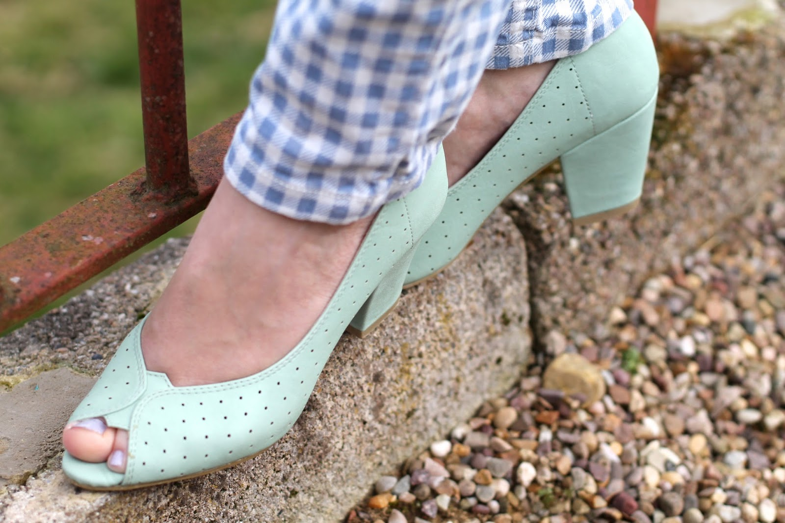 BAIT Halina peep-toe shoes in mint green