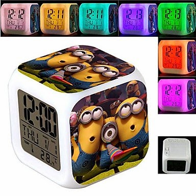 Despertador Cubo Cambia Color Minion