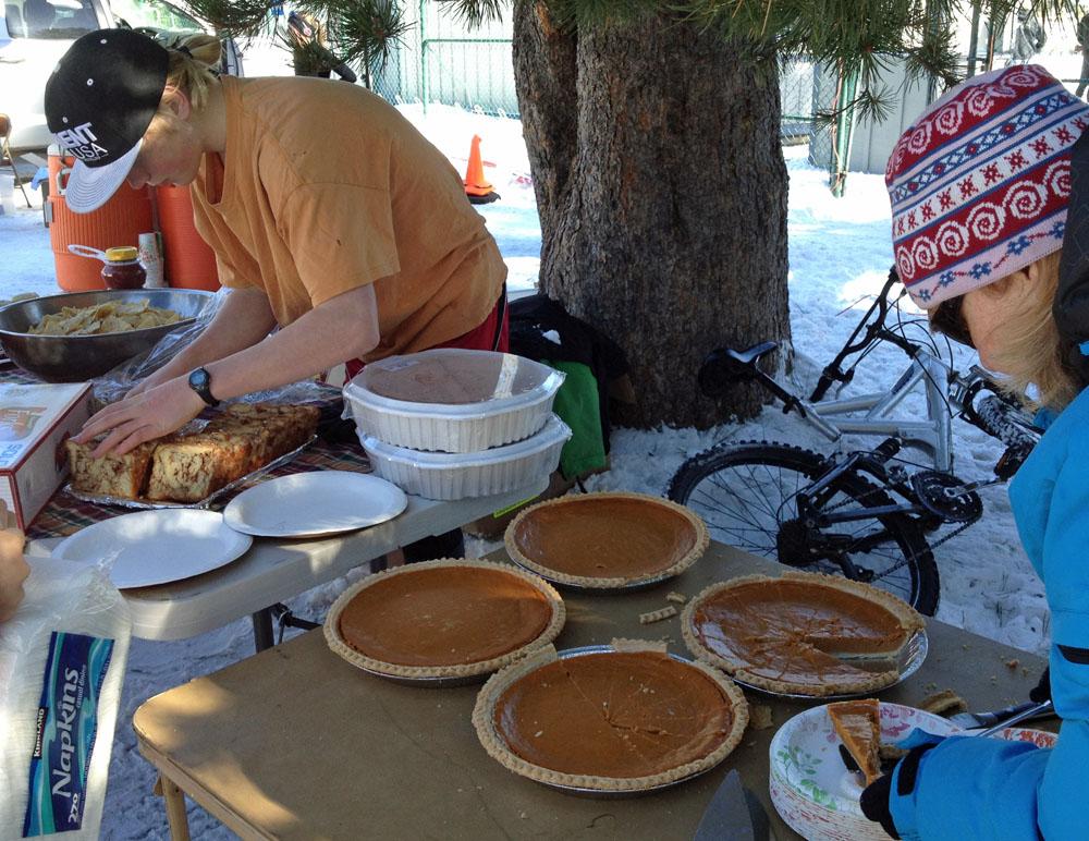 Tahoe Truckee Outdoor Turkey Trot Fun Run At Donner Lake