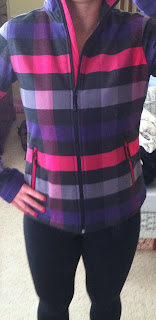 Style Athletics Nike Womens Jacket Plaid Pink Purple Black Black Lululemon Wunder Under Crop