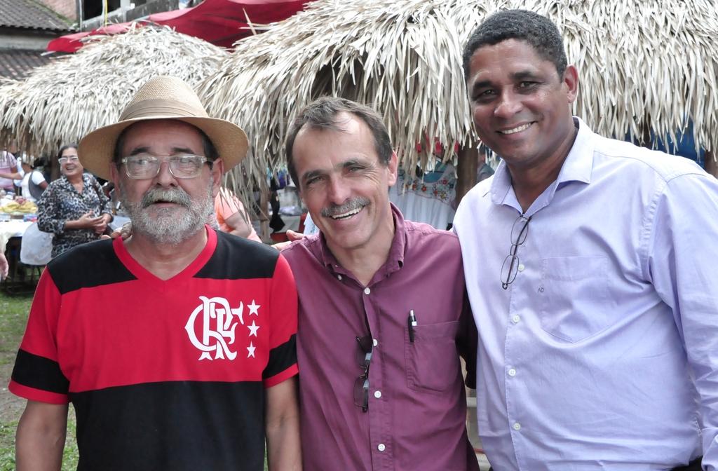Subsecretário de Cultura de Guapimirim, Luis Augusto Abrantes, secretário Wanderley Peres e o Prefeito de Guapimirim, Marco Aurélio Dias