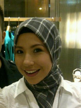 Awek Tudung Bogel http://dppwm.blogspot.com/2011/03/irma-bekas-awek ...