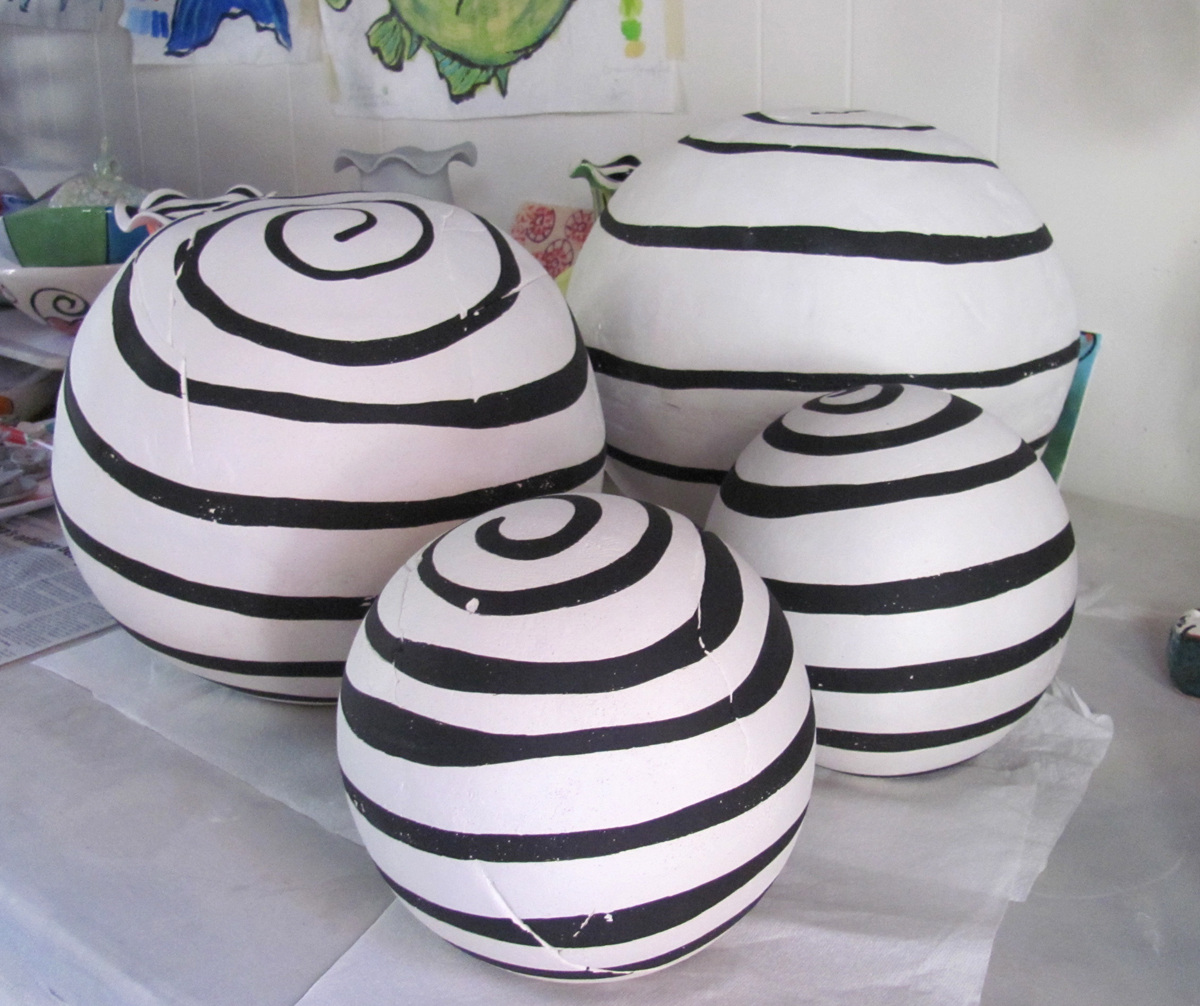Terry Shipley Ceramics Decorative Spheres