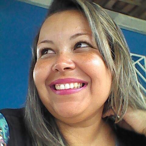 Suzana Oliveira Santos
