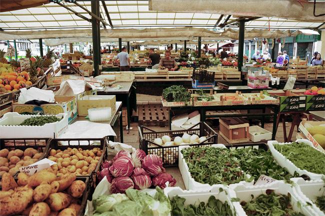 L'Erberia, le marché aux fruits et légumes