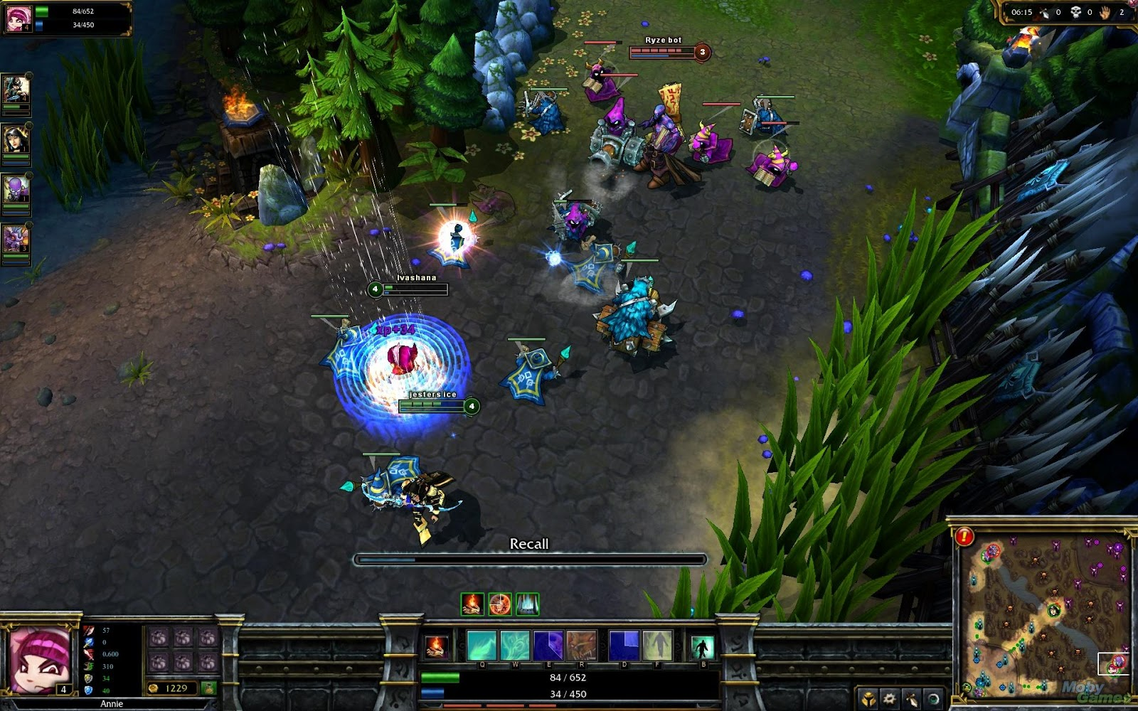play online league of legends