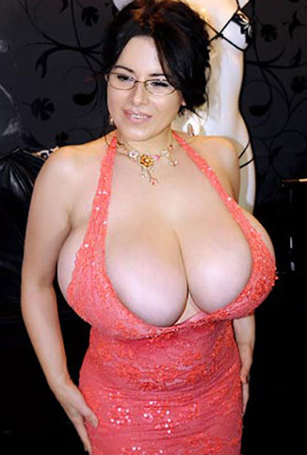Busty Chloe Vevrier 40 Pics Www Vk4 Org Nice Of Picture