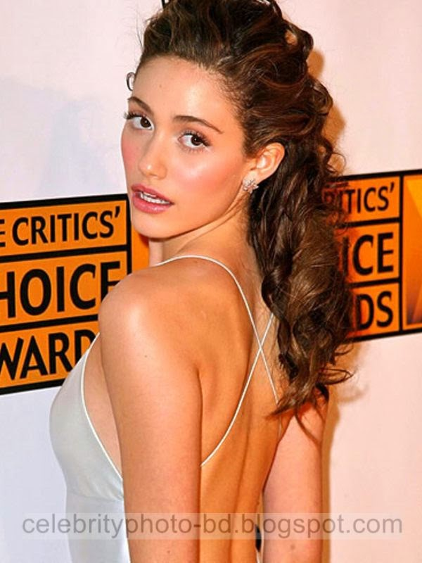 Emmy+Rossum+Latest+Hot+Photos+With+Short+Biography012