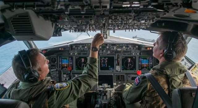 Military News - Crews hunt 'enemy' subs in latest patrol airplane