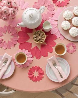 mesa decorada - dia dos namorados - Martha Sthewart