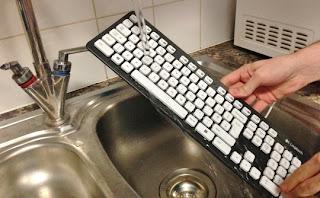 Keyboard Logitech K310 ini Bisa Direndam