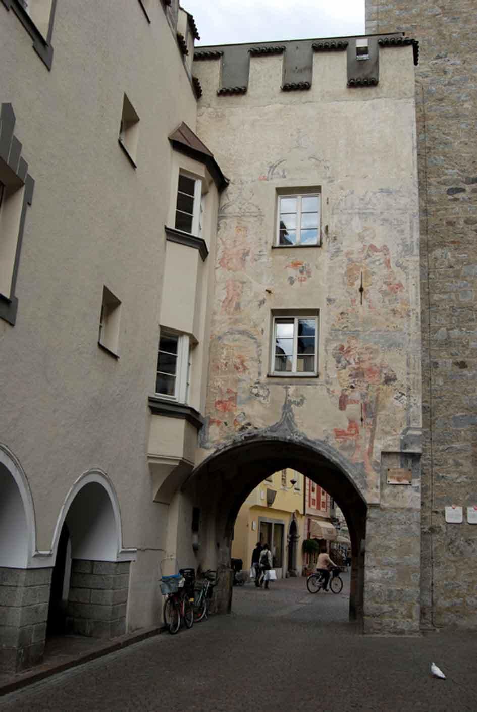 Guide turistiche bressanone luciano vivaldo il centro - San michele a porta pia ...