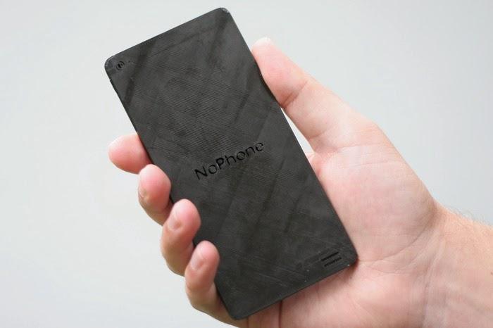 """Smartphone """"tự sướng"""" giá chỉ 400.000 đồng"""