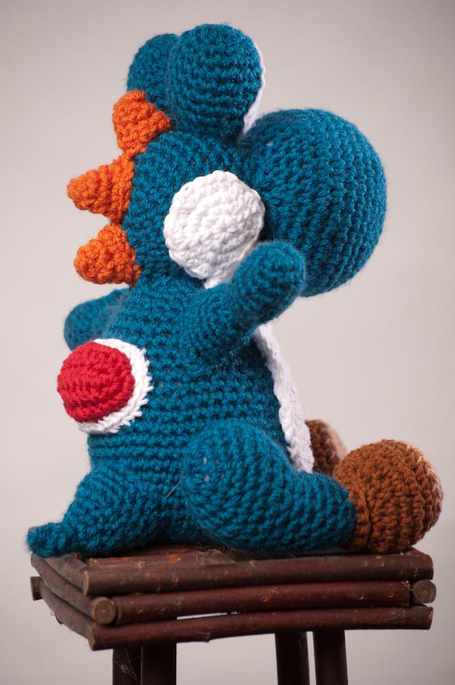 The Hook Brings You Back: Yoshi