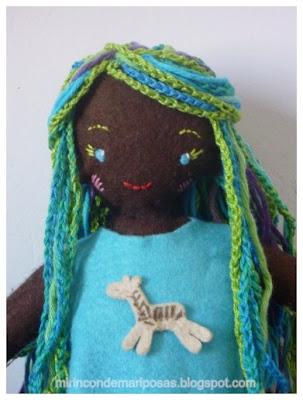 Muñeca de fieltro Vudu