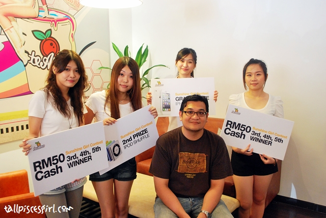All the finalists of Sunshine Girl Contest