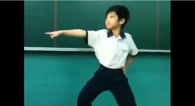 Cậu bé Việt nhảy Gangnam Style cực đỉnh - Clip Hot