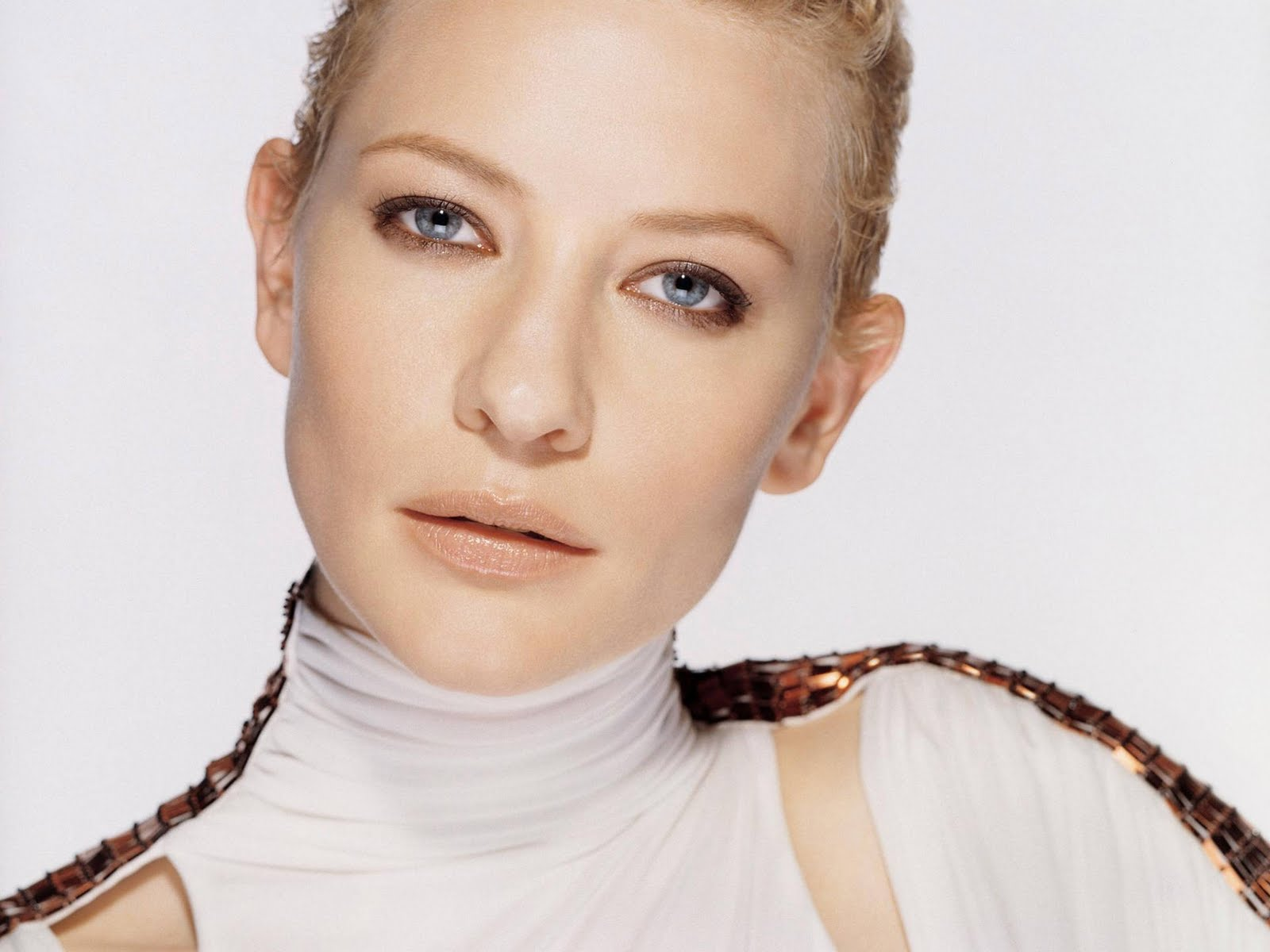 Labels: Cate Blanchett Photo Gallery , Hot Cate Blanchett Pictures